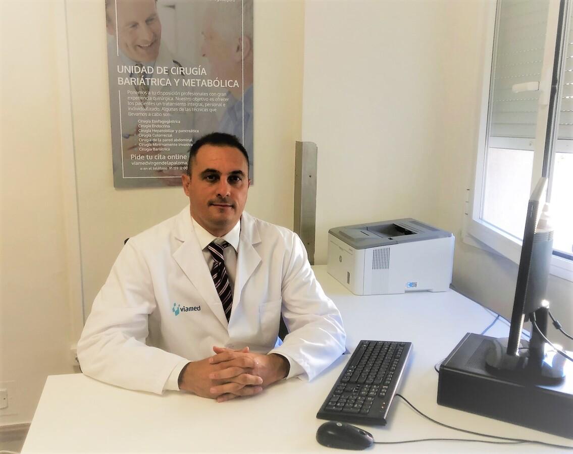 """El Dr. Pablo Priego, cirujano laparoscópico en Viamed Virgen de La Paloma ha sido acreditado con el título """"Fellow of the European Board of Surgery/Thoracic Surgery/UpperGI (FEBS/UGI)"""""""